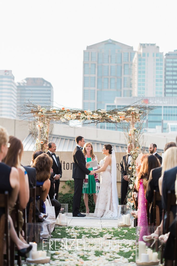 A Luxury Wedding At The Country Music Hall Of Fame Near Other Downtown Nashville Venues Bell Tower Omni Hotel Schermerhorn Acme