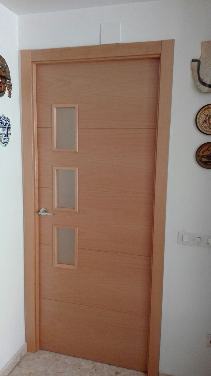 Puerta modelo 8005 haya vaporizada vl3 con cristal mate puertas madera natural pinterest - Puertas de madera en sevilla ...