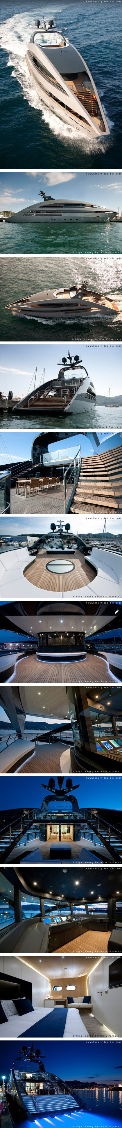♂ Life at the beach - Yachtplus has launched its first superyacht, the Ocean Emerald in La Spezia. Designed by Lord Norman Foster and his team f... From http://www.luxury-insider.com/luxury-news/2009/05/a-slice-of-life-on-the-high-seas