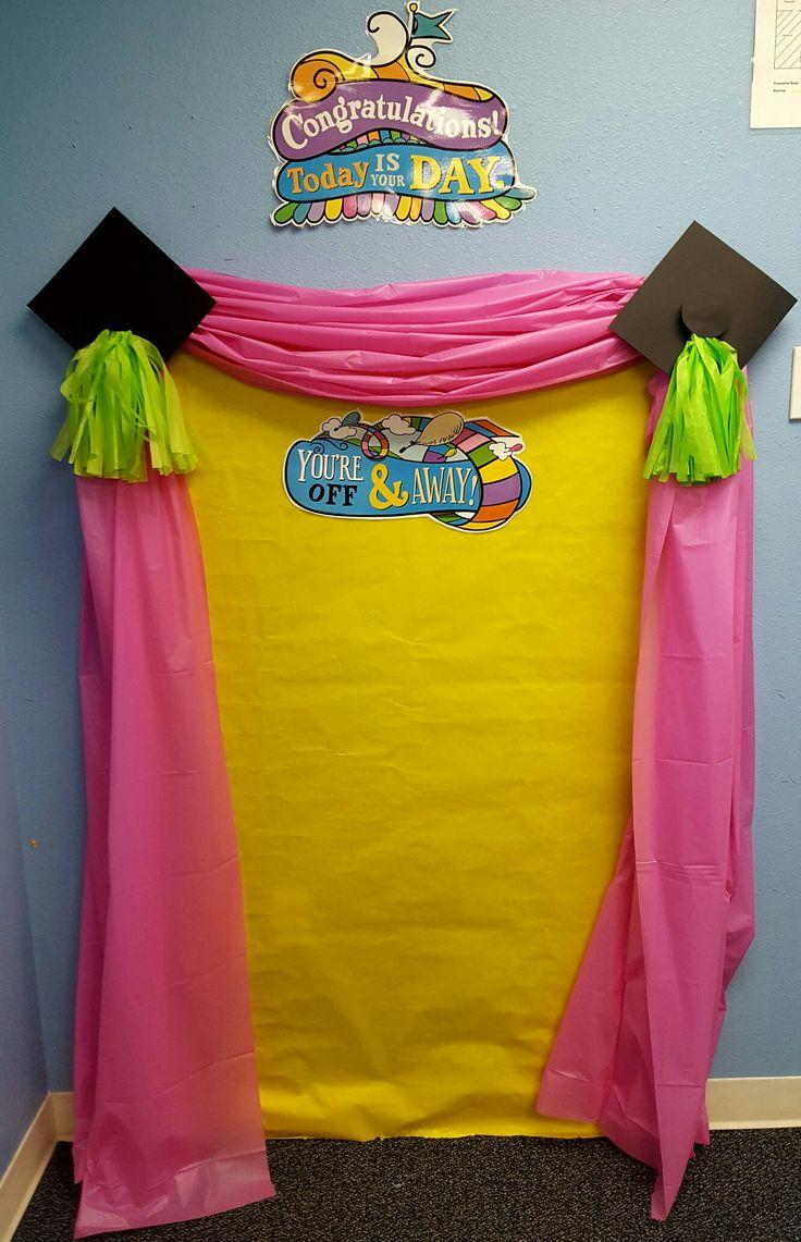 Best 25 preschool graduation ideas on pinterest pre - Kindergarten graduation decorations ...