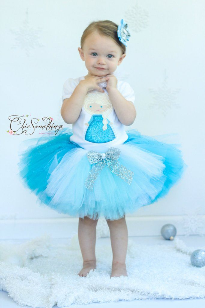 Do you want to build a costume? Come on, we can't delay . . . because Halloween is right around the corner! Check out these Frozen costumes that are available at Etsy!