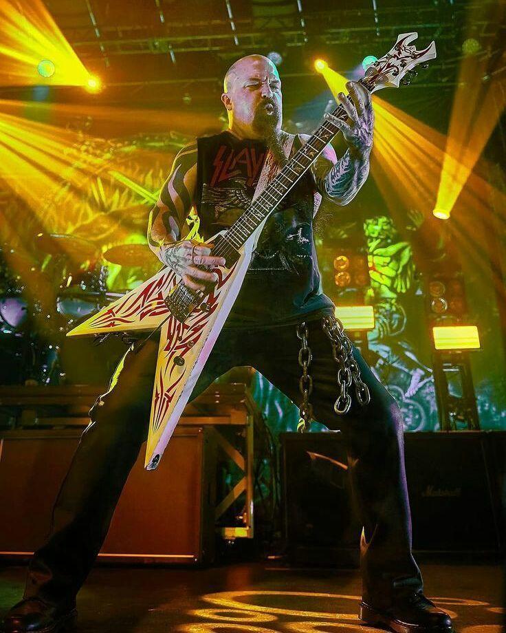 "Kerry King of Slayer . . . #kerryking #slayer #slayerfans #slayerband #guitarist #metalhead #metal #metalmusic #heavymetal #legend #legendary #band #music #metalheads #longlivemetal #legendaryband #godhatesusall #metalmusician #metalguitarist  ""The World's No:1 Online Heavy Metal T-Shirt Store"". Check it out NOW; www.HeavyMetalTshirts.net"