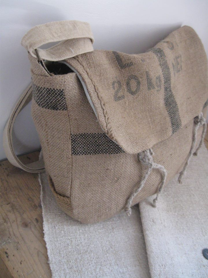 Burlap Messenger Bag 15 (short flap with tie closure with rounded corners)