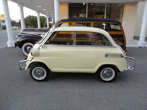 Isetta 250 - A dream car, yes, that tiny.