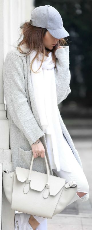 #winter #white #outfits #fashion Nicoletta Reggio + white jeans + marl grey cardigan + cap   Sweater: Primark, Trousers/Scarf: Zara, Shoes: Nike, Bag: Hat: H&M.