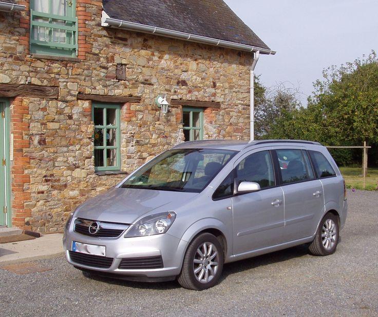 Besoin d'un monospace ? L'Opel Zafira de Kathy vous attend à Sion-les-Mines (Loire-Atlantique) pour sa première location.