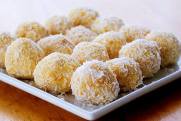 These delicious apricot balls will be the easiest thing you have ever made.