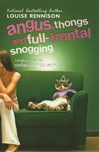 http://www.adlibris.com/se/organisationer/product.aspx?isbn=0756904595 | Titel: Angus, Thongs, and Full-Frontal Snogging - Författare: Louise Rennison - ISBN: 0756904595 - Pris: 203 kr
