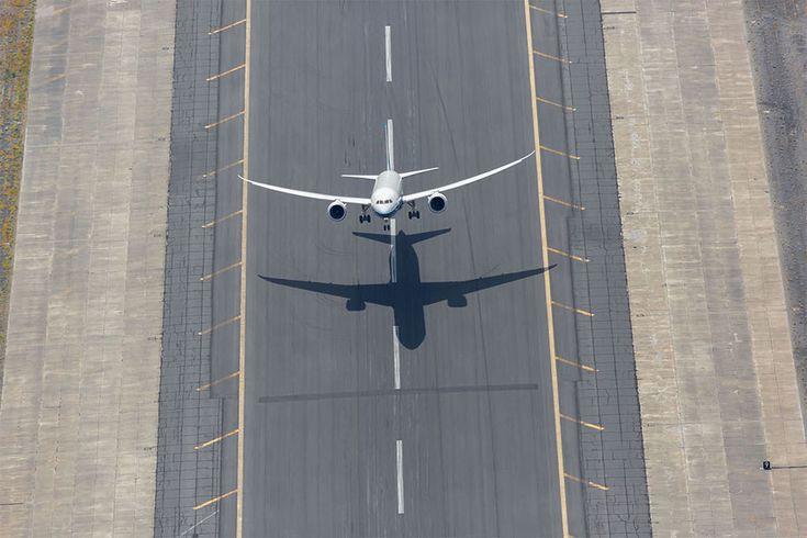 Boeing: 787 Dreamliner