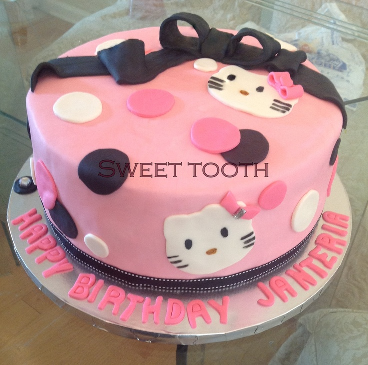 Hello Kitty Cake Design Ideas : 17 Best images about Aashka s birthday on Pinterest ...