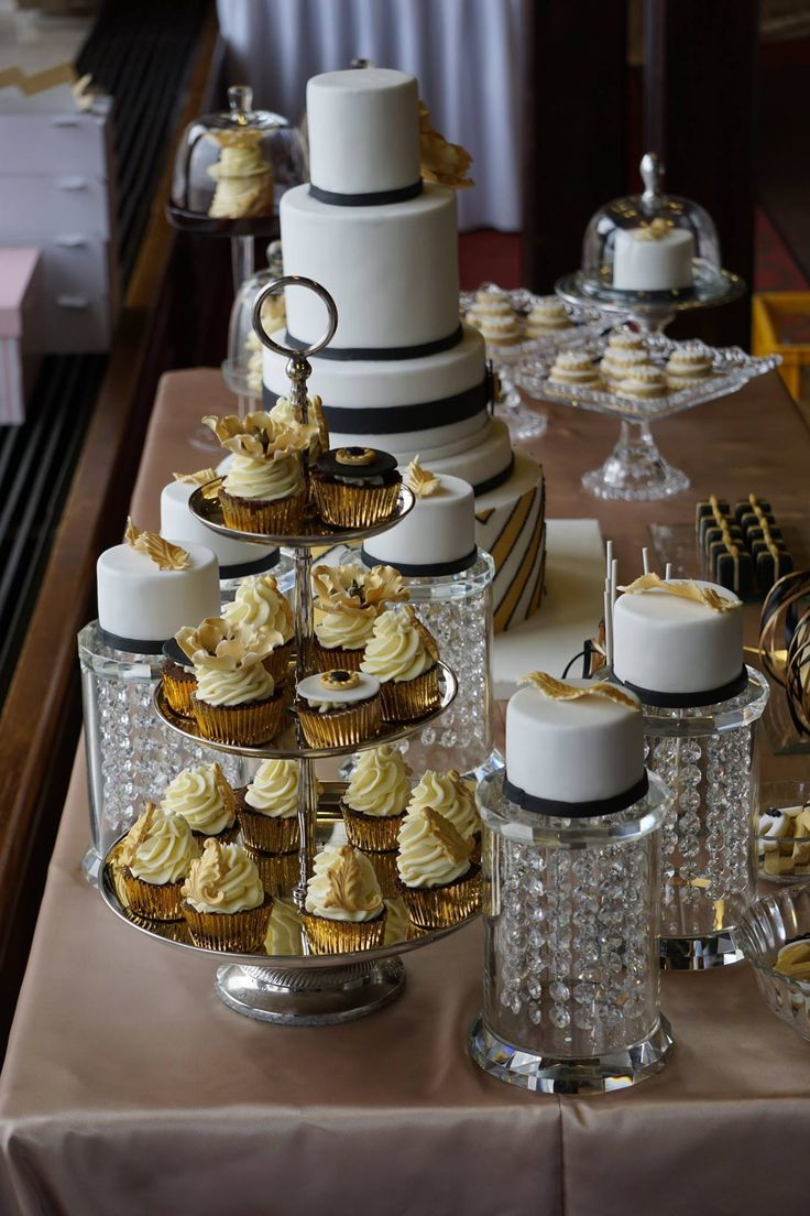 Gatsby wedding   Desserttable by Marangona   www.marangona.hu