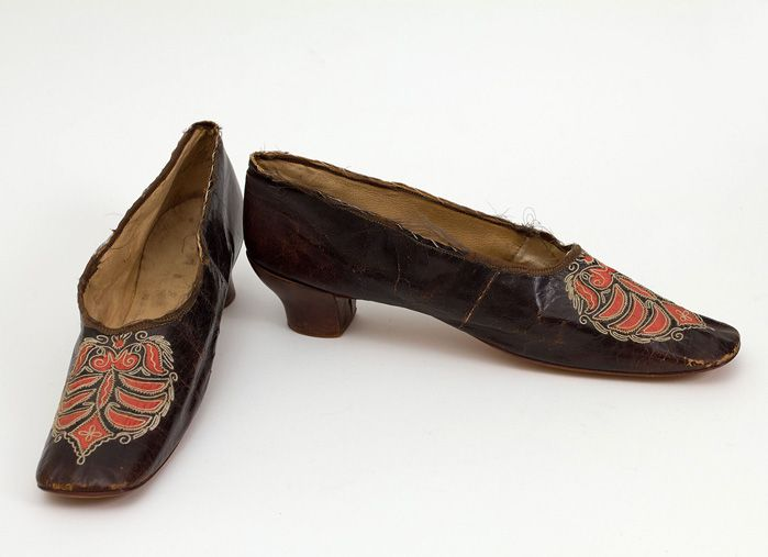 Sapatos vitorianos camaleão