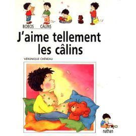 J'aime Tellement Les Câlins CPRPS 31997000819516 Camille se sent délaissé quand les grands parlent et s'amusent. Aussi tante Audry, son parrain, grand-père lui font des câlins ... et le meilleur c'est celui de sa maman. Texte facile. Illustrations expressives. [SDM]