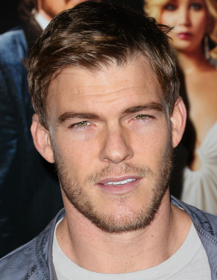 Alan Ritchson Photos - 'American Hustle' Screening in LA - Zimbio