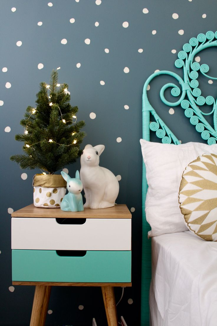 Cool gift ideas | christmas lights for a kids room |girls bedroom ideas www.fourcheekymonkeys.com