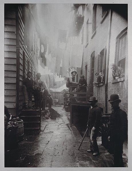 Victorian street in London