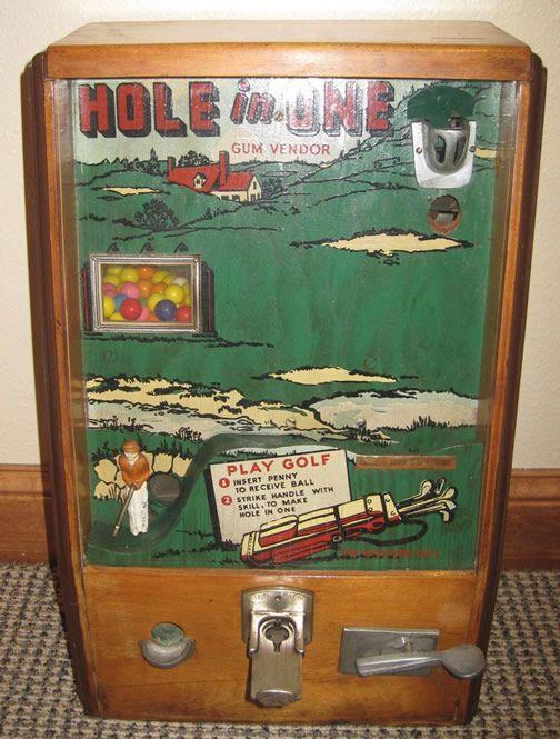 Hole in One Golf Trade Stimulator Gum Vendor Gambling Machine Hoot Mon Lilliput Trophy chip