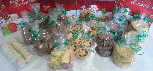 Gluten free Christmas gift packs created by MJ www.mjscakes.co.nz in sunny Hawkes Bay NZ delivered to Viands Bakery,  Te Awamutu NZ