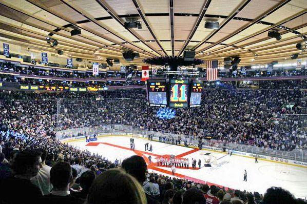 madison square gardens 2009 New York Rangers v Boston Bruins