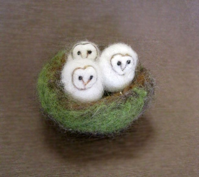 Owls in a nest, needle felted owl, Three Bird Nest, baby owls, miniatures, Barn Owl, Felted toy, needle felted animal, made to order by boridolls on Etsy https://www.etsy.com/listing/212177266/owls-in-a-nest-needle-felted-owl-three