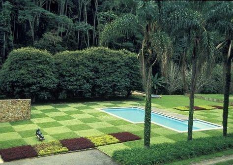Burle Marx, arquitecto paisajista. Su vida, su historia y su obra. El traspaso de la composición abstracta al mundo vegetal. Genio artista y naturalista.