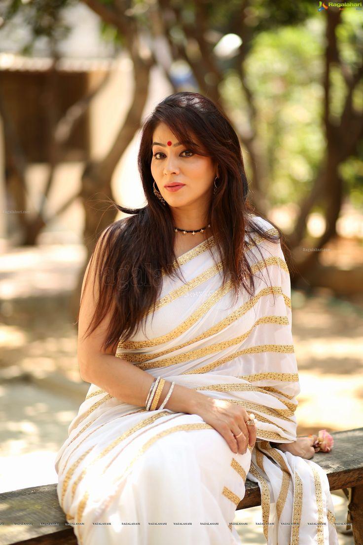 Telugu Actress Shreya Vyas Hot Pictures | Celebrity