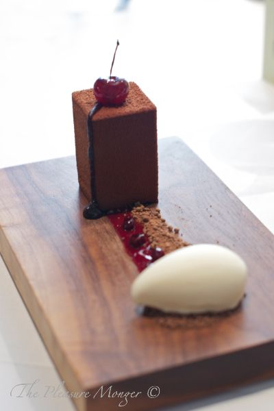 The Fat Duck, Black Forest Gateau with kirsch ice cream