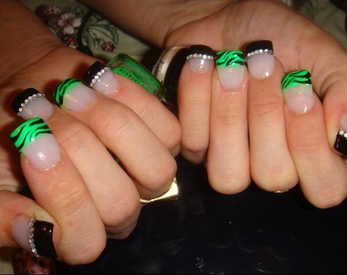 Black And Green Nail Designs Acrylicnaildesigns Green Nail Designs Green Nails Green Acrylic Nails