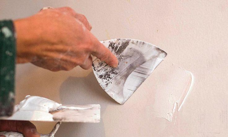 Aprenda a preparar a parede para receber a tinta e faça uma pintura de qualidade