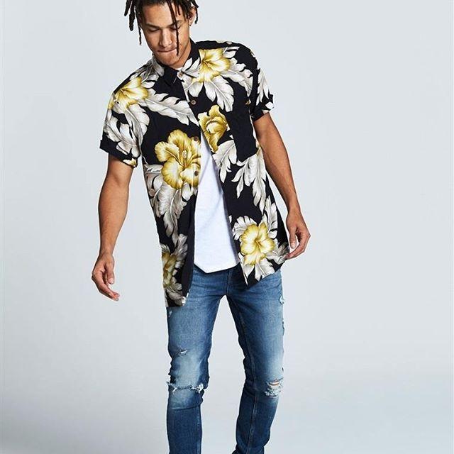 Jeans Azules Delgados con Rompeduras  Categoría:#pantalones_hombre #primark_hombre en #PRIMARK #PRIMANIA #primarkespaña  Más detalles en: http://ift.tt/2BNYjkA