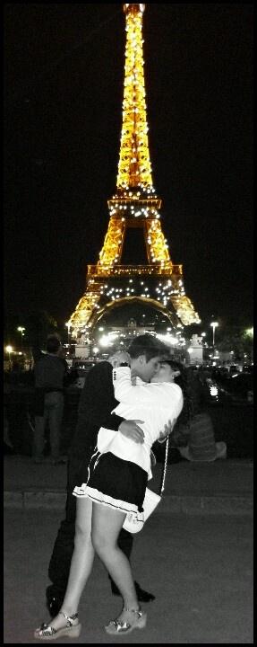 Paris France Tour Eiffel Night Romantic Kiss Love