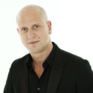 Mehr über Andy Heasman auf   www.hinterdemstuhl.de