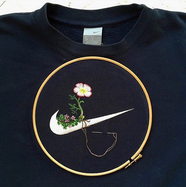 This Artist Embroiders on Everyday Clothes — and the Results Are Incredible | POPSUGAR Fashion UK
