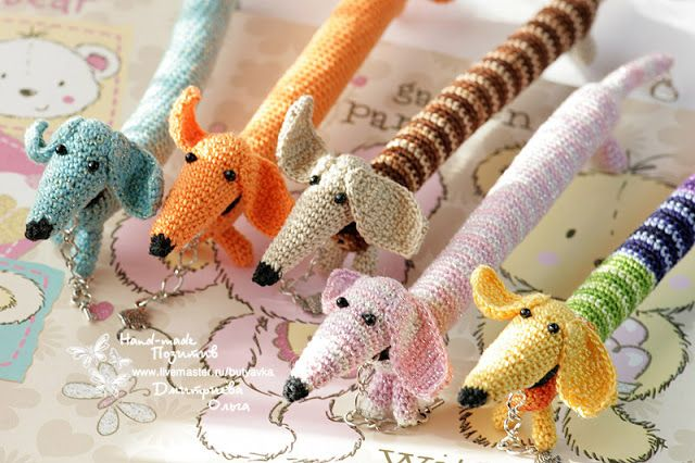 "Hand Made Позитив: Браслет-игрушка ""Такса"" #crochet #amigurumi #bijou #jewelry #for_children #bracelet #handmade"