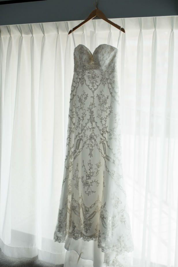 Beautifully detailed sweetheart wedding dress (Freeland Photography LLC)