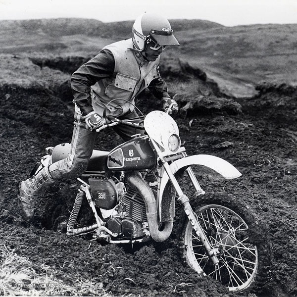 The Husky Auto was a serious race bike but it came about as a spin-off from a Swedish Army contract. In essence, the contract specified that raw recruits, who had never ridden a bike before, had to achieve complete motorcycle competency in a week.