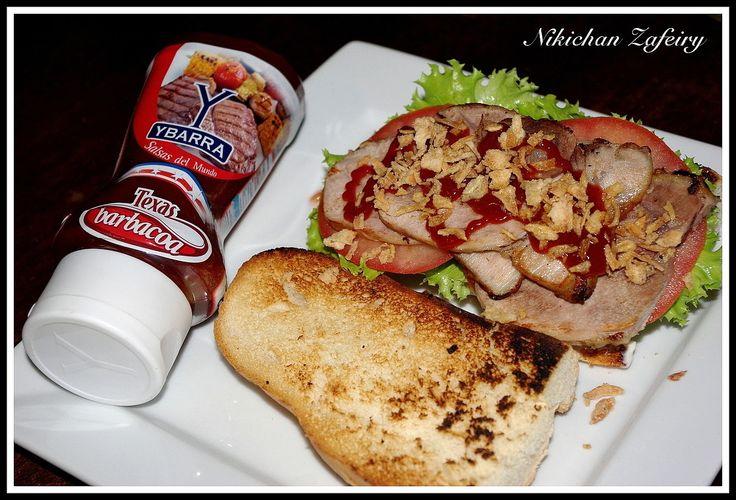 Bocata de Cerdo asado con salsa Barbacoa