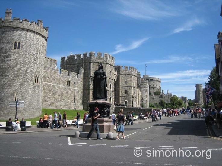 Windsor Castle Windsor castle, Travel wallpaper, Castle