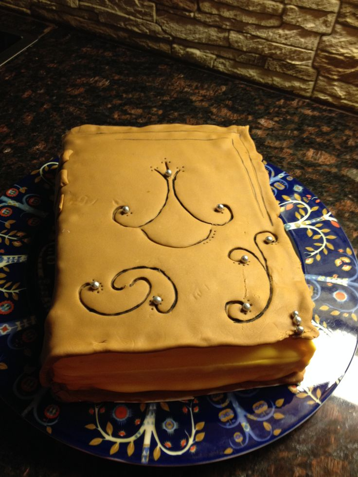 Book cake (medium size) with silver pearls.