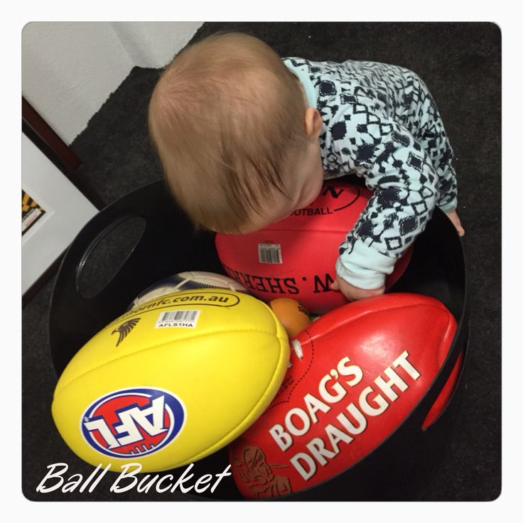 Ball bucket (11 months old)