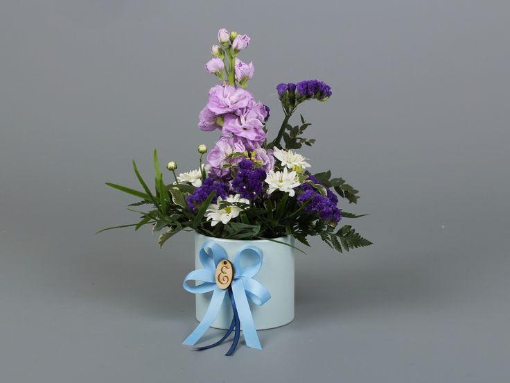 Нежнейшая композиция от наших партнеров @e_flowers_pro 😍  #эстетис, #estetis,  #коробкасцветами, #цветывкоробке, #flower, #flower_box, #Flowerbox, #флористы, #флористическийтренд,  #цветы, #доставкацветов, #тренды, #flowerbouqet, #luxuryflowers #розавстекле #необычныйбукет #флористическийсалон #цветывбархатнойкоробке  #бархатнаякоробочка #европейскаяфлористика #СтильныеБукеты  #флористикасегодня #флориствмоскве  #цветывкубе  #цветывмоскве #хрустальныйкуб #коробочкасчастья…