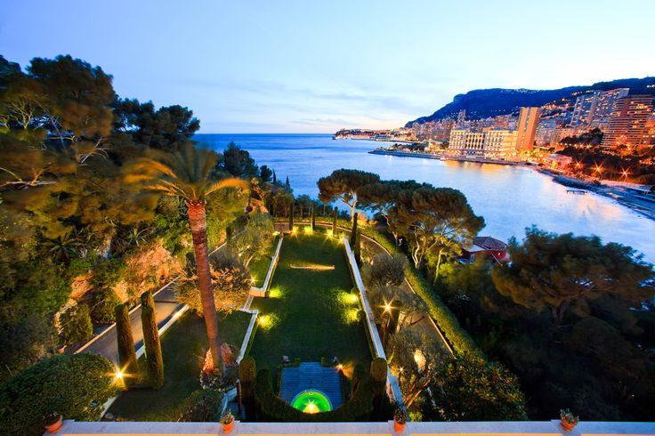 Get your @lamborghini when staying with #Casol during the @monacoyachtshow_official this September 2017! #Monaco #yacht #show #lamborghini #Villa La Vigie #voyage #vacances #vacations #MickaelCasol Book now: http://www.casolvillasfrance.com/villa-rentals/french-riviera/roquebrune-cap-martin/villa-la-vigie.html