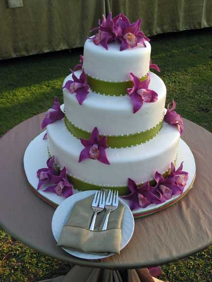 hawaiian wedding cake with mix 1000 ideas about purple wedding cakes on 15133
