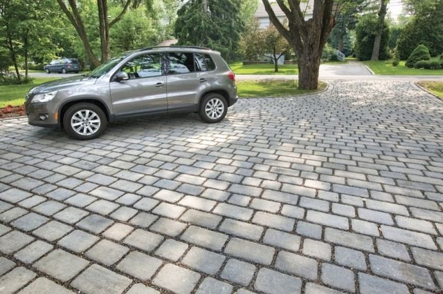 How to Build a Greener Driveway New project for a new year: Install a permeable driveway to keep pollutants out of water sources and groundw...