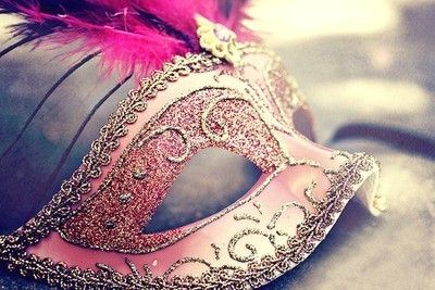 Would love to go masquerade party!