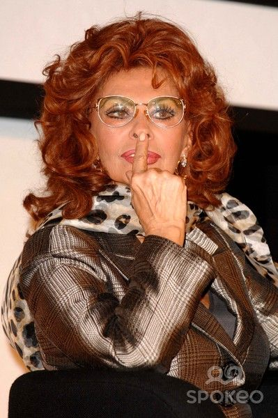 Picture Must Be Credited Karwai Tang/alpha/Globe Photos Inc 063685 11-16-2006 Sophia Loren the Pirelli Calendar Launch 2007 Photocall London Hilton , Park Lane , London
