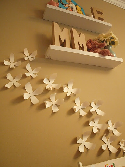 They have these at Paper Skyscraper, but why the hell would you pay that much when you can make them and they look exactly the same?! Awesome.: Urban Outfitter, Diy Wallflower, Wall Decor, Flowers Wall, Posters Boards, Baby Rooms, Wall Flowers, Paper Wall, Girls Rooms