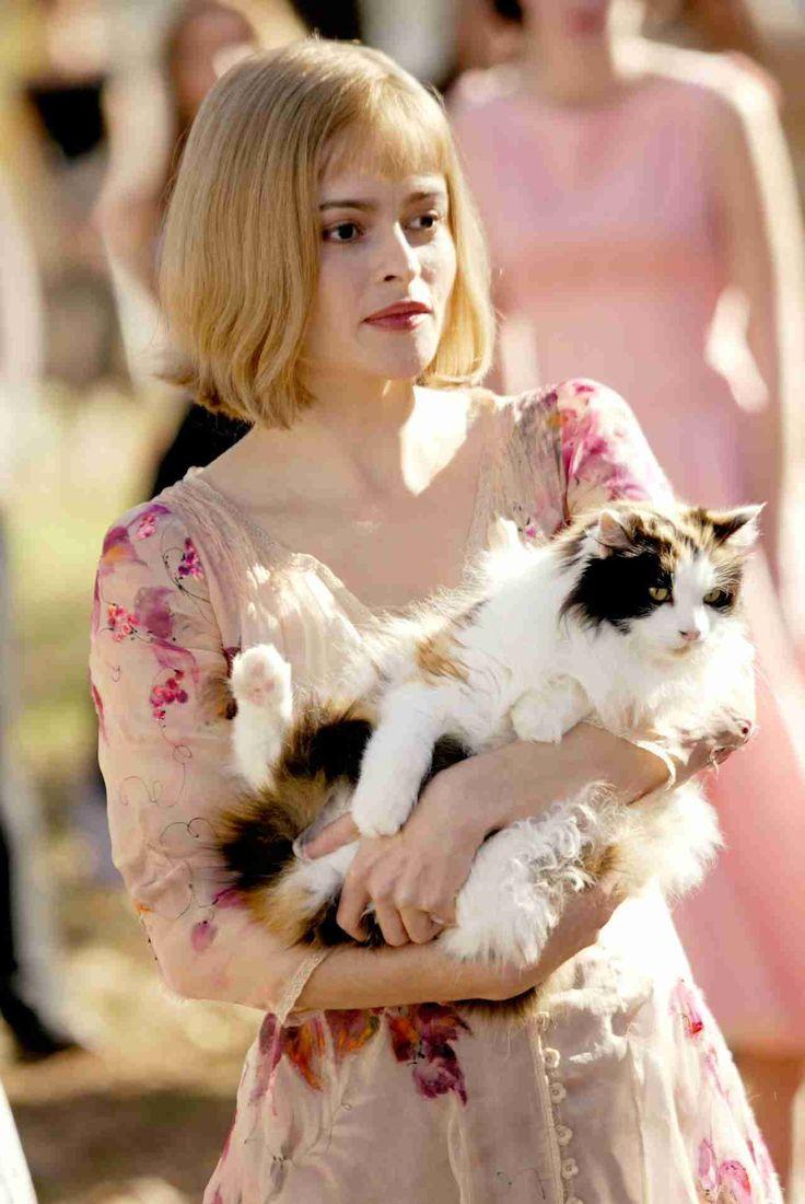 ネコと有名人のツーショット♡