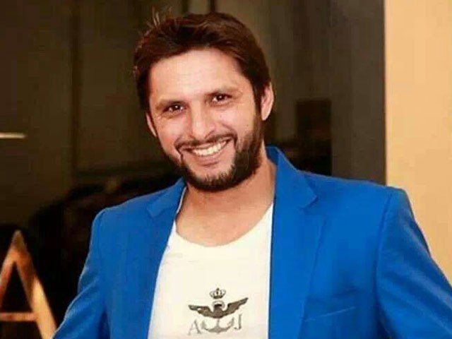 شاہد آفریدی نے پشاورزلمی کو چھوڑ کر کراچی کنگز میں شمولیت اختیارکرلی
