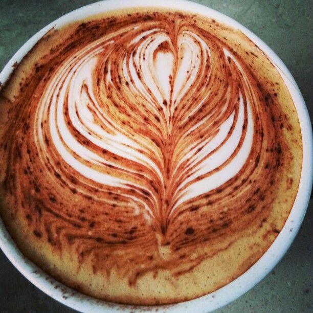 Tulip #latte #latteart #tulip #mocha #freepour #coffee